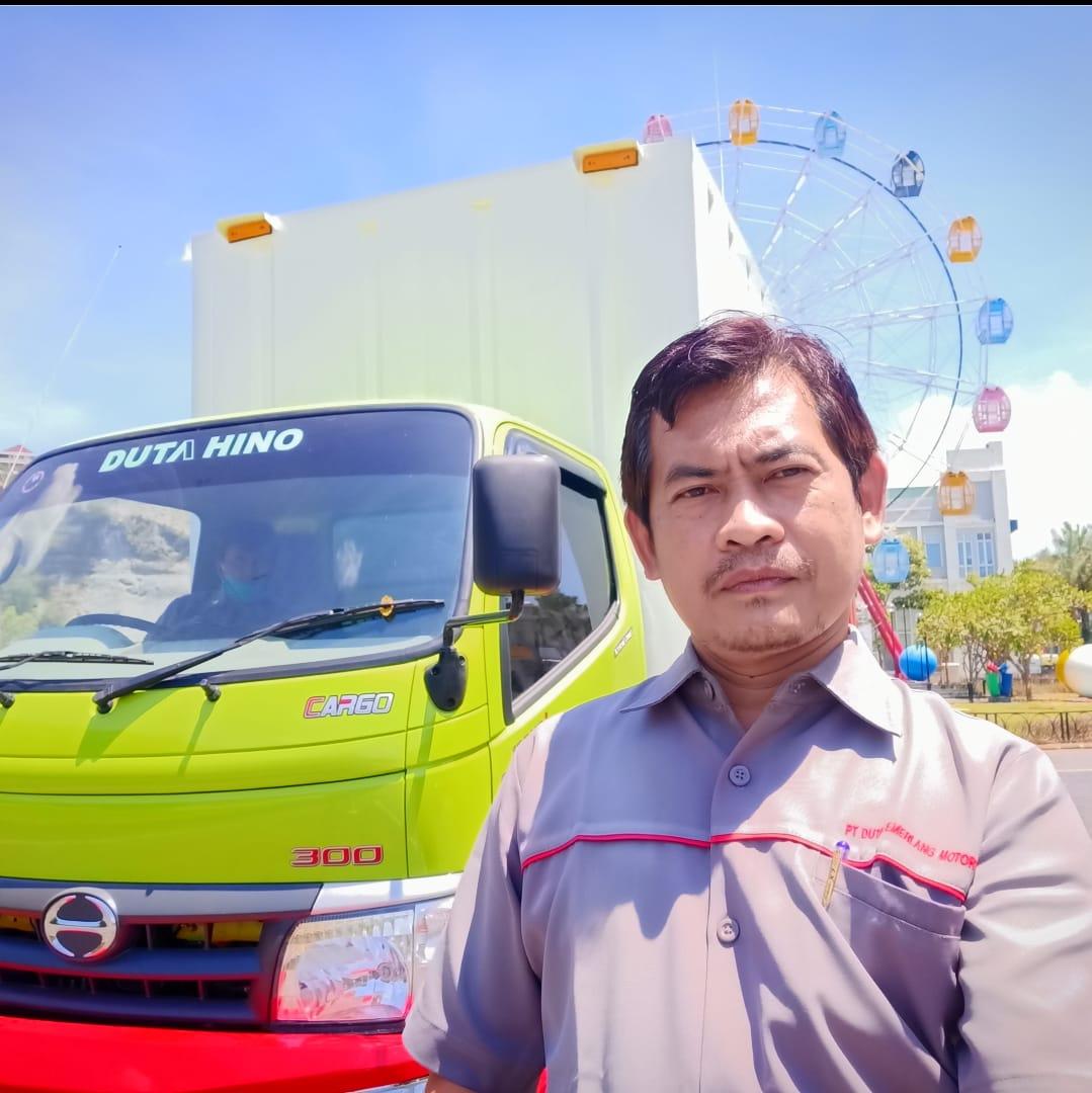 Sales Mobil Hino Semarang