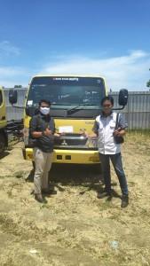 foto Penyerahan/Delivery Unit Mitsubishi Coltdiesel FE 74L Tenaga 125ps Ke Customer Mimika - Papua